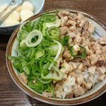 本場博多 長浜ラーメン まるむら - チャーシューそぼろ飯