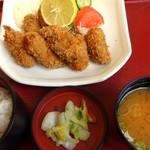レストラン さかえ - カキフライ定食