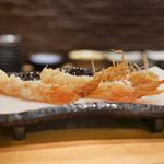 天ぷら やじま。 - 車えび2尾頭