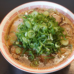中華そば 焼めし かたぶつ食堂 - 料理写真:ラーメン、ねぎトッピング