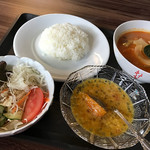 カンボジア家庭料理 シェムリアップ - カレーランチ