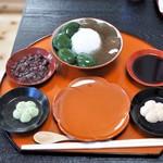 ぎおん徳屋 - わらび餅&抹茶くず餅全景
