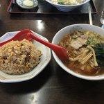 香林 - 料理写真:チャーハン@580  に  ラーメン@セットの場合250円プラス