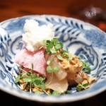 にしぶち飯店 - 喉黒の紹興酒漬け 寒ブリと中華風ソースのツケダレ