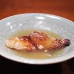 にしぶち飯店 - 焼きフカヒレ 上湯スープ