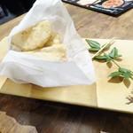 蔵人厨 ねのひ - 海老芋の唐揚げ