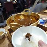蔵人厨 ねのひ - 味噌おでんの味噌はご飯にかけて食べる