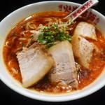 博多火炎辛麺 赤神 - 火炎辛麺+角煮チャーシュートッピング