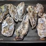 浜松かきセンター - 「蒸し牡蠣1kg」