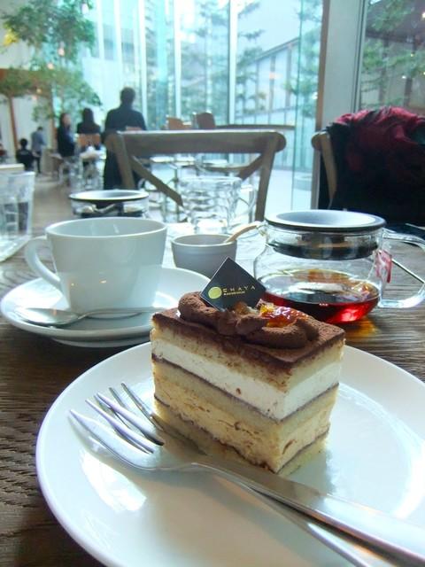 チャヤマクロビ ロイヤルパークホテル ザ 汐留店  - アーモンドとキャラメルのチョコガトー・本格パティスリーと遜色ないお味です♡