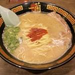 一蘭 - ラーメン(890円)