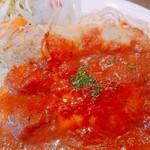 ヒデズキッチンアラカルト - 料理写真:自家製のトマトソースは程良い酸味で美味しいです♪