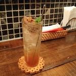 ワインとタパス chachaHana - いちぢくラム酒漬ソーダ