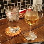 ワインとタパス chachaHana - もるとの図