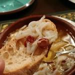 ラパス - 白魚のオリーブオイル煮込み