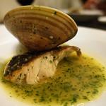 フェルミンチョ - 白身魚と蛤のサルサベレデ