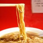 末廣ラーメン本舗 - 中細ストレート麺
