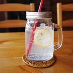 カフェレストラン デュボワ - 自家製レモンスカッシュ