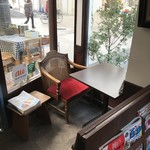 ノラリ&クラリ - 入り口すぐのお一人様席(2018.2.13)