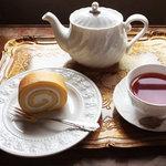 8088027 - フロールと紅茶のセット 1,100円也