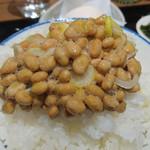 Nattoukoubousendaiya - 国産小粒納豆をオンザライス