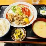 なぽれおん食堂 - 唐揚げ定食