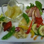 ビストロ肉匠 - プラチナコースの前菜5種盛り合わせ(2人前)