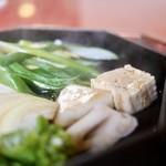 三嶋亭 - 豆腐、葱、新蓮根