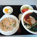みかど チャイニーズレストラン - 料理写真:ラーメンセット