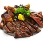 コマツ プルミエ - 5300コースのメイン料理【ミックスグリル】 牛タン&スペアリブ&赤