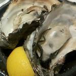やきとんダイニング BALTON - 焼き牡蠣