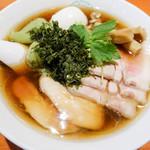 80892224 - 特製醤油グリーン麺