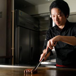 【職人技】肉の旨味を最大限に引き出す、料理人の焼き技術!
