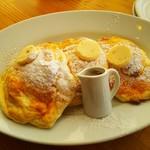 ライトカフェ - リコッタチーズパンケーキ
