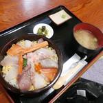 お食事処 かいがん - 特上海鮮丼