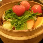 達屋 TAZ-YA - 無農薬野菜の蒸籠蒸し 香味醤油タレで