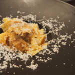 グリーチネ - 風味鶏の白ワイン煮込みと牛蒡のマルタリアーティ