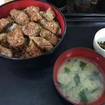 80905477 - サーロインステーキ丼 1000円