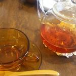 クク - ホット紅茶
