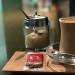 カフェ・レッドブック - 食後のチャイ(小)