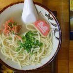 沖縄大衆食堂 うちなー家 海茶 - 料理写真:沖縄そば