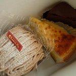 石岡カフェ - 料理写真:モンブラン・チーズケーキ・パウンドケーキ(チョコレート)