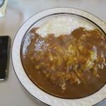 カレーショップキング - お皿が大きい!