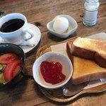 TeaRoom abi - 料理写真:モーニングセット(¥650)