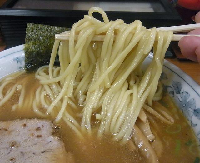 青梅街道 大勝軒 杉並 - 太い麺