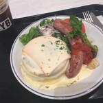 80924190 - 種のチーズホンデュ グリルソーセージパンケーキ ドリンクセット(¥1598)