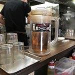 二十九代目 哲麺 - 黒ウーロン茶サービスあり!