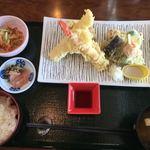 レストラン櫻 - 天麩羅膳 2,040円