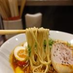 ソラノイロ トンコツ&キノコ - 麺は美味い