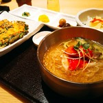 JIJIMI GO - チヂミ+特製タレかけJIJIMI GO冷麺+小鉢4点@\1180